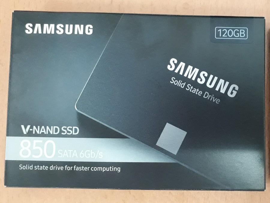 Ổ Cứng SSD Là Gì? Những ưu điểm So Với ổ Cứng HDD Thường?